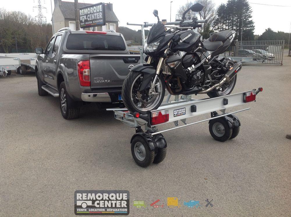 Remorque transversale avec roues pivotantes 360 yo - Remorque porte moto pour camping car ...